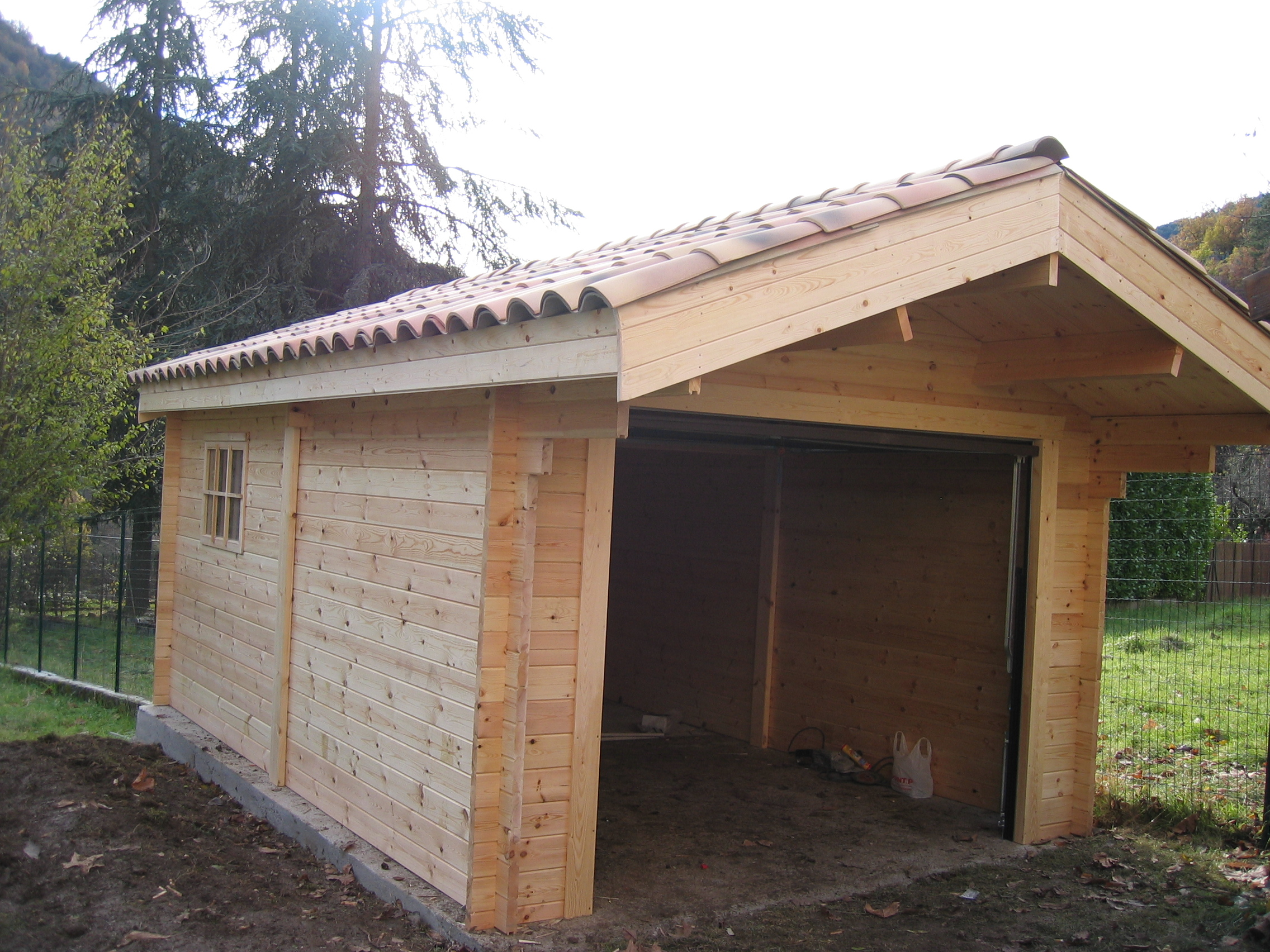 Garage en bois une place garage voiture for Garage en bois en solde